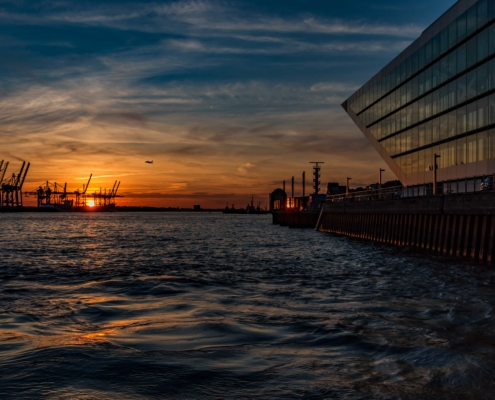 Dockland-Hamburg-Abendlicht